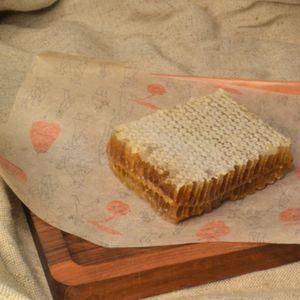 Мёд в сотах.JPG