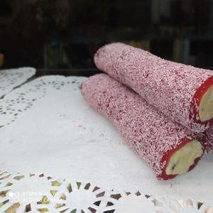 Лукум с ореховой пастой вишневый.jpeg